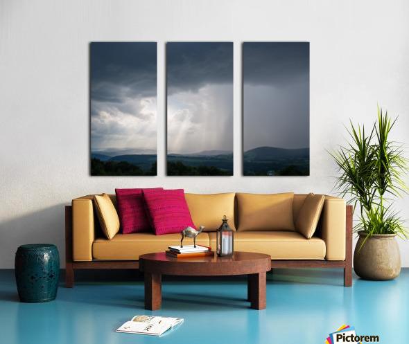 Moving Storm ap 2904 Split Canvas print
