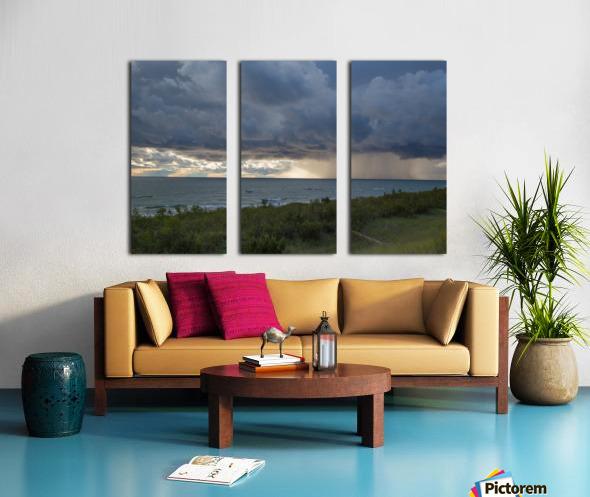 T Storm ap 2430 Split Canvas print