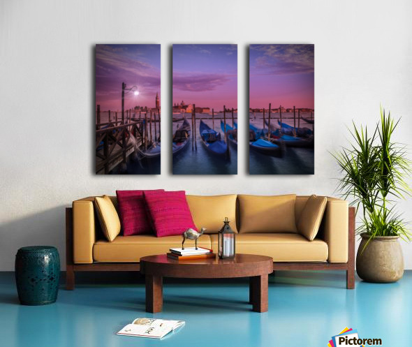 VENICE Gondolas at Sunset Split Canvas print