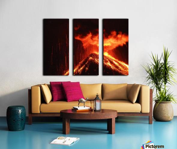 91F2C860 A3E8 45C5 A104 8B8026AB35B7 Split Canvas print