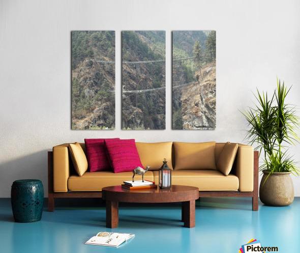 1F0ED106 F3FA 4131 ABCA 8F7CB10E5D14 Split Canvas print