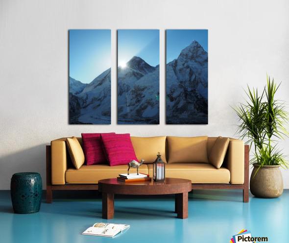 6B166797 7850 40DA AA71 00561F2EB6E4 Split Canvas print