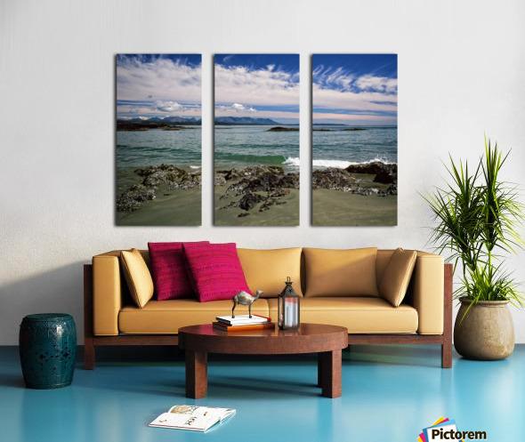 Peaceful Pacific Beach Split Canvas print