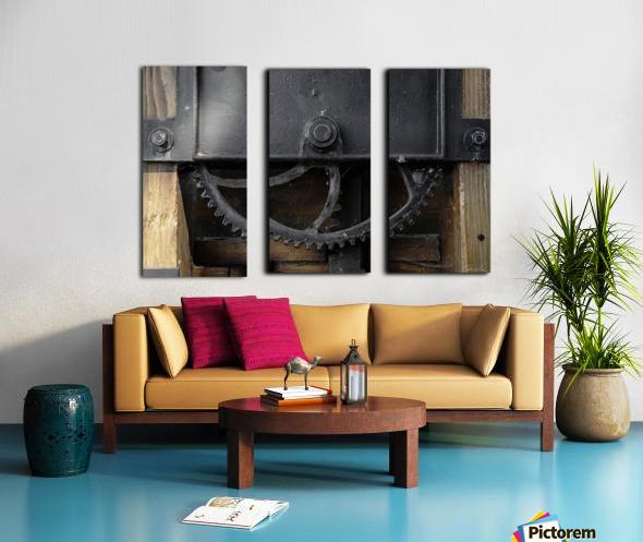 Une roue figee dans le temps Split Canvas print