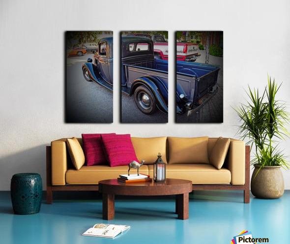 1935 Ford Pickup Split Canvas print
