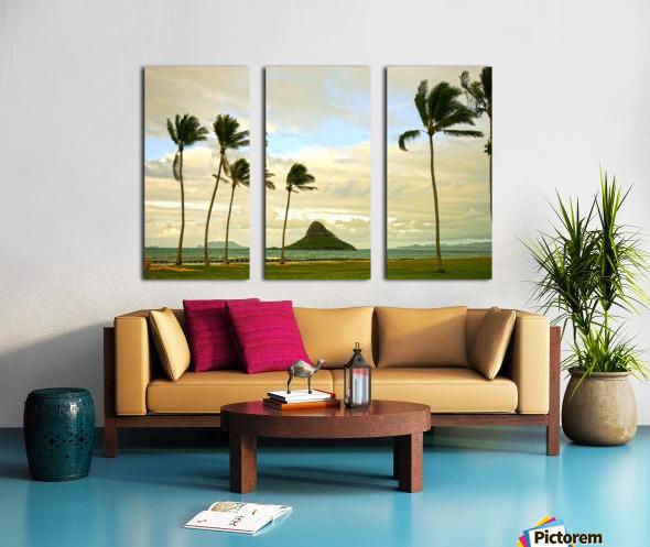 The Island of Mokoli  i from Oahu at Sunset Split Canvas print