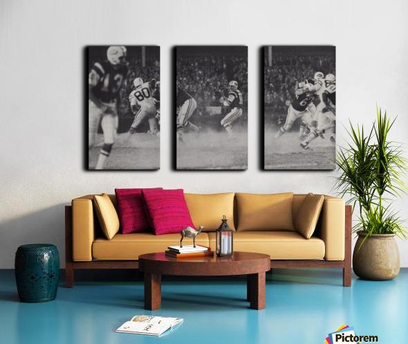 1968 New York Jets Joe Namath Pass Photograph Split Canvas print