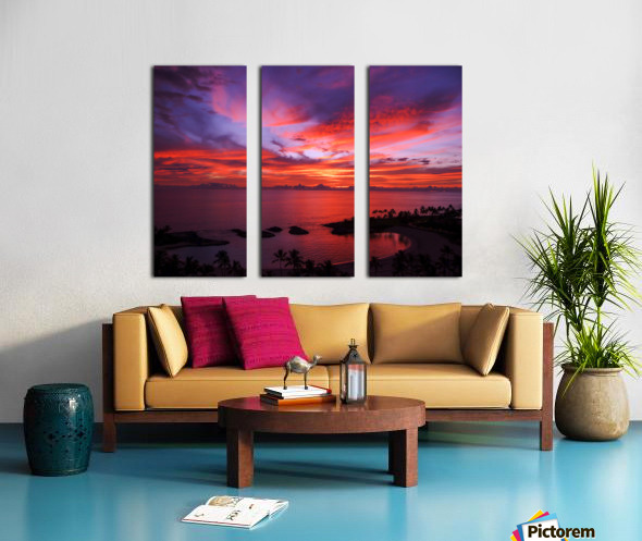 Euphoria Before Bliss - 2013 ARTWORK OF THE YEAR WINNER - Pink and Orange Kissed Skies over Hawaii at Sunset Split Canvas print