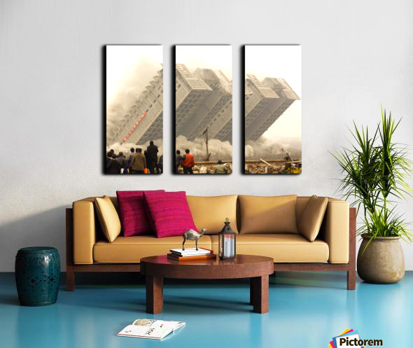 Urban Loneliness - The Crumbling Society Split Canvas print
