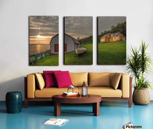 Hangar et chaloupe de la maison Xavier-Blanchette Split Canvas print