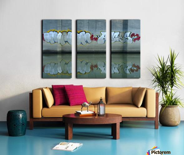 Reflet sous un pont - Reflection under a bridge Split Canvas print
