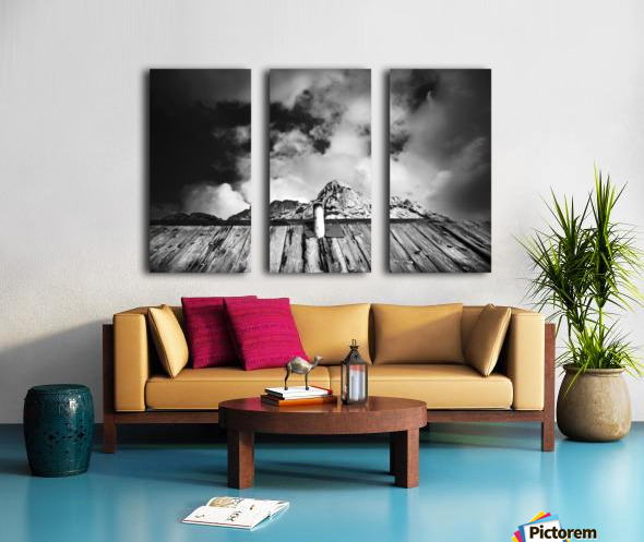 One with mountain Split Canvas print