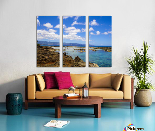Brilliant Blue Skies Over Hanauma Bay Hawaii Split Canvas print