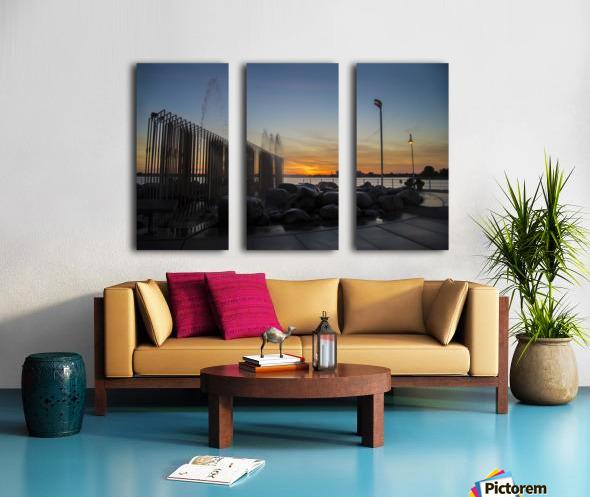 Fountain Sunset Split Canvas print
