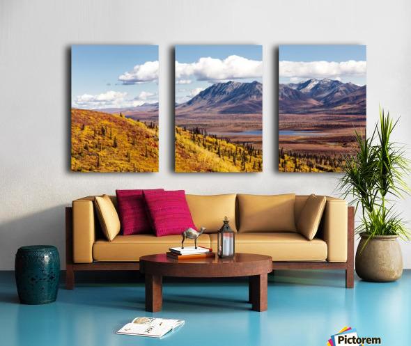 Scenic view of peak fall colors along Matanuska Valley, Southcentral Alaska Split Canvas print