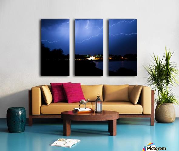Chasing light Split Canvas print