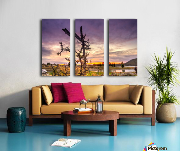 Crusifix on the cross Split Canvas print