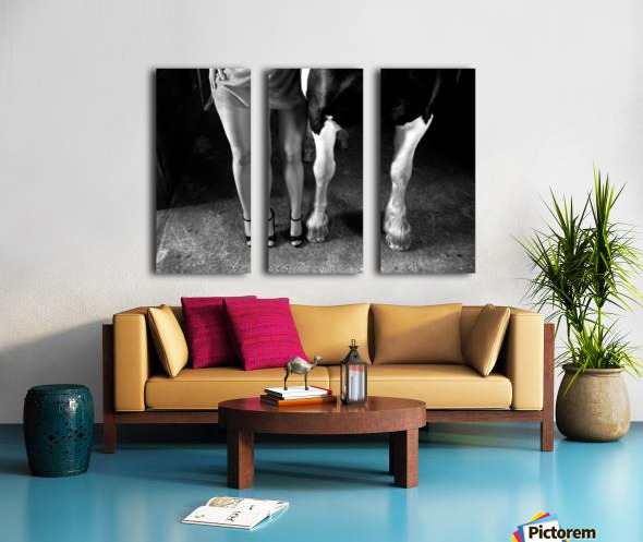 to cool one's heels Split Canvas print