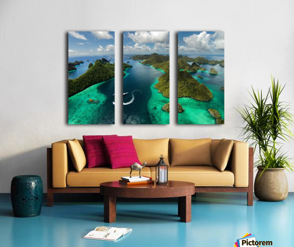 Green paradise Split Canvas print