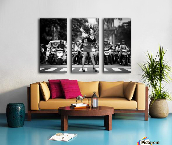 ignore it, enjoy poses on the streets Split Canvas print