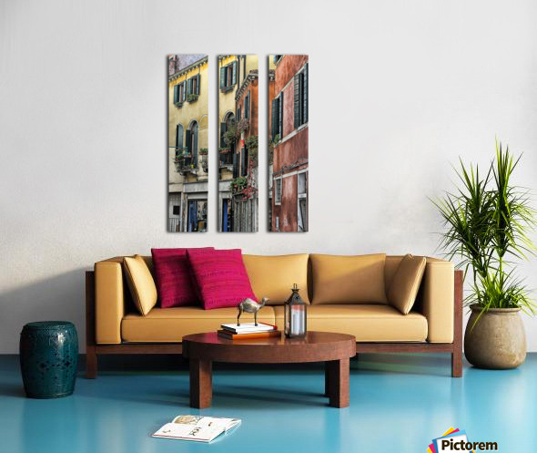 windows in Venice Split Canvas print