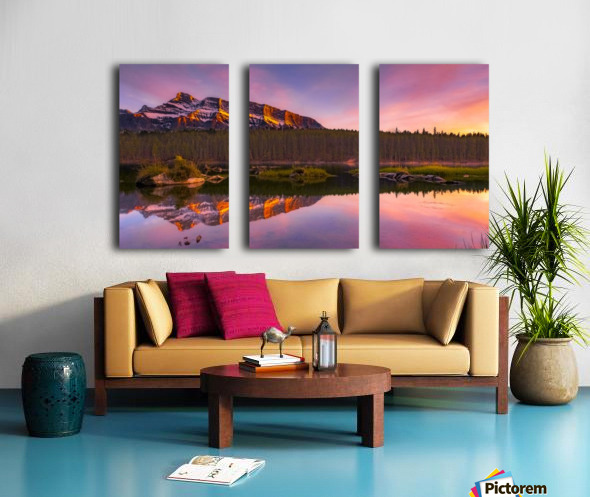 Last Hour Split Canvas print