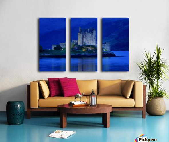 Eilean Donan Castle In Scotland Split Canvas print
