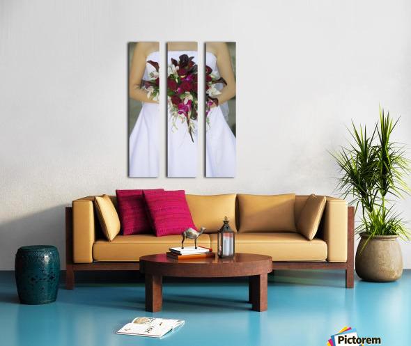 Bride's Bouquet And Wedding Dress Split Canvas print