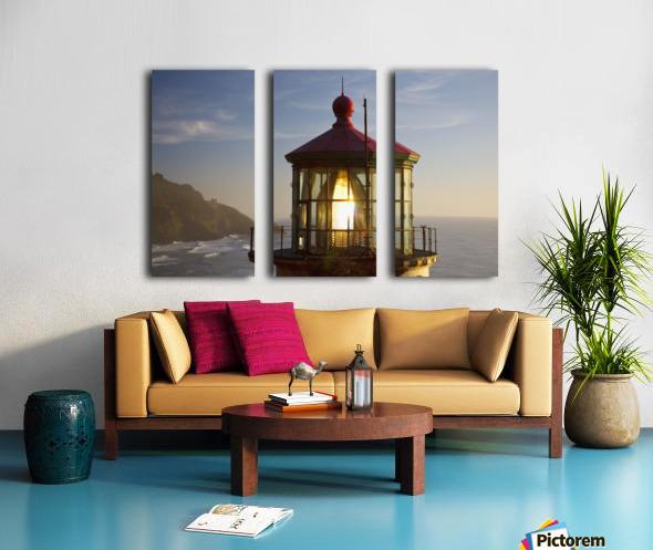 Heceta Head Lighthouse Along The Oregon Coast; Florence, Oregon, United States Of America Split Canvas print