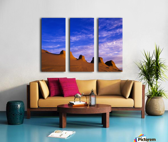 Storms carve sand dunes in peaks; Lakeside, Oregon, United States of America Split Canvas print