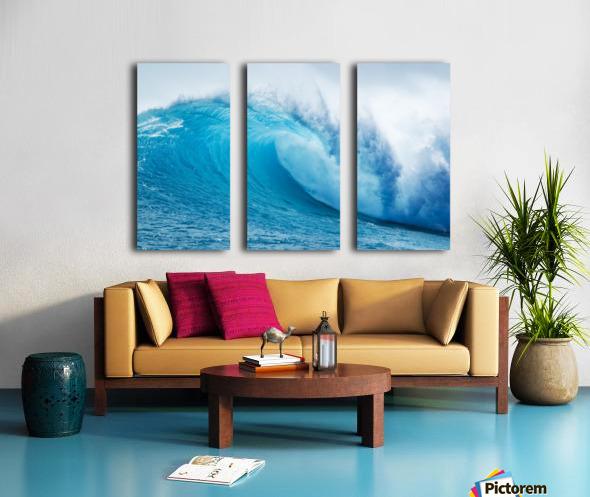 Beautiful Blue Ocean Wave Split Canvas print