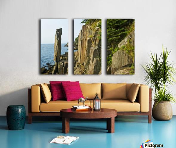 Balancing rock, basalt rock cliffs, Bay of Fundy; Long Island, Nova Scotia, Canada Split Canvas print