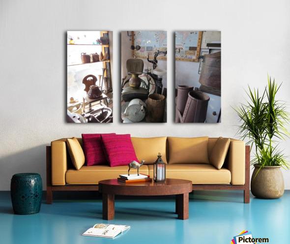 Turquoise Trail - Dentist Chair in Cerrillos  1VP Split Canvas print