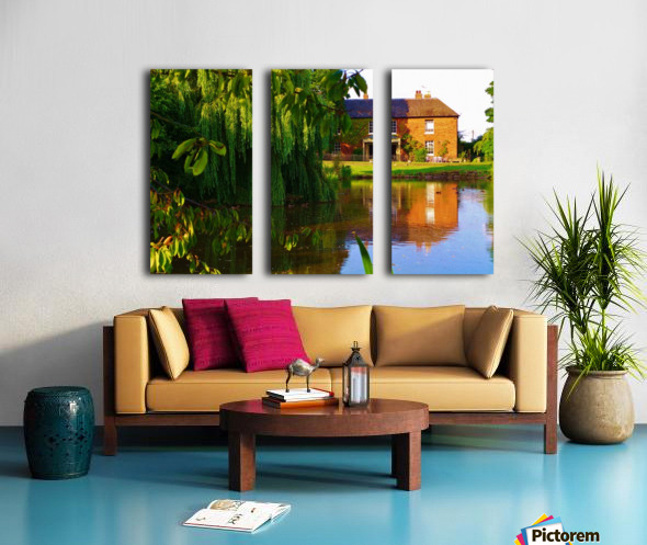 Fish pond Seckington Split Canvas print