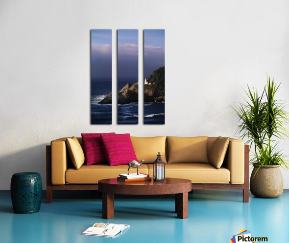 Oregon, Devils Elbow State Park, Heceta Head Lighthouse Overlooking Ocean And Waves. Split Canvas print