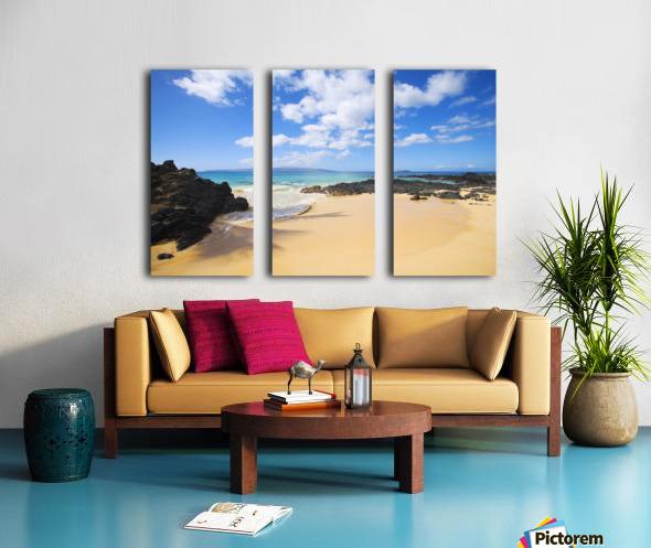 USA, Hawaii Islands, Maui, Maui Wai Or Secret Beach; Makena Split Canvas print