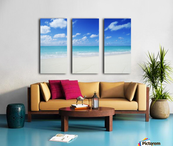 Northwestern Hawaiian Islands, Midway Atoll, Sand Island, Turquoise Ocean And White Sand Beach. Split Canvas print