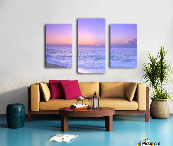 Lavender Sky With Hues Of Pink And Yellow, Shoreline Water To Ocean C1699 Canvas print