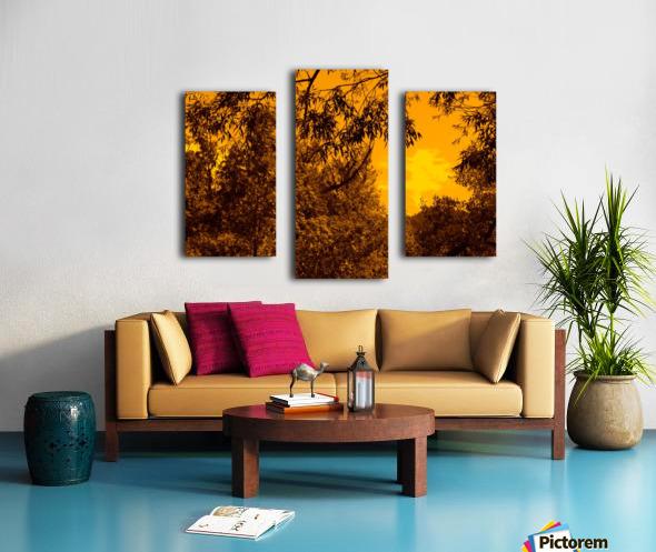 G (12) Canvas print