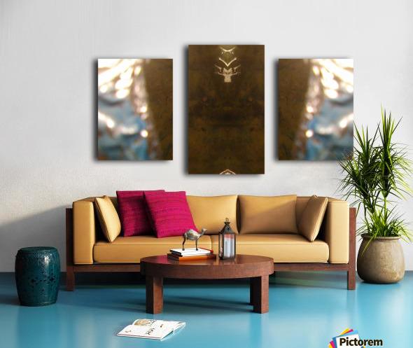 1539412796715 Canvas print