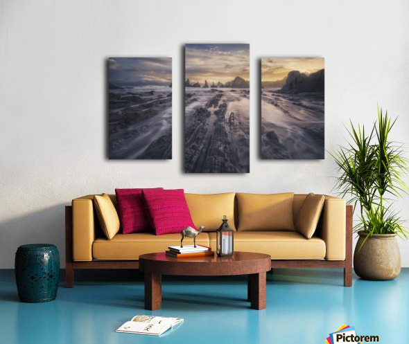 Gueirua lights Canvas print