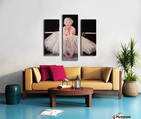 Marilyn ballerina sitting  Canvas print