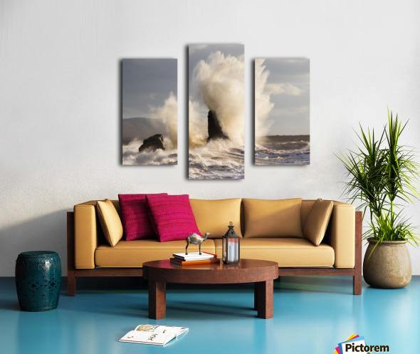 Exploding rocks Canvas print