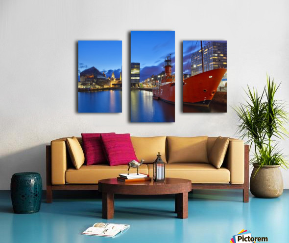 LIV 003 Liverpool Dock Canvas print