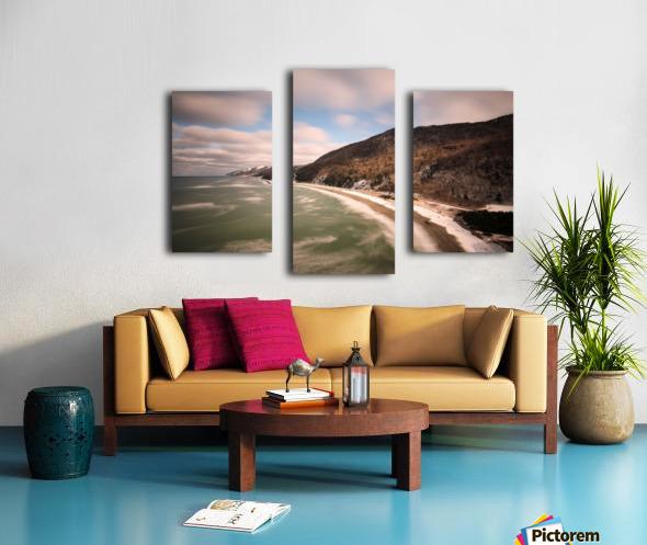 White Shoreline Canvas print