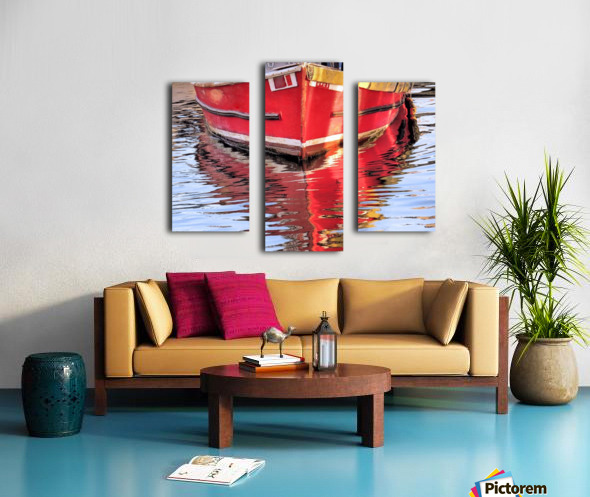 Red skiff reflections Canvas print