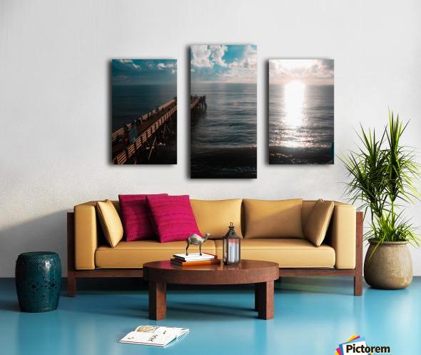 Blue majestic Canvas print