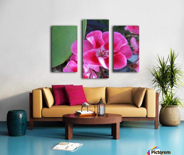 Flower (2) Canvas print