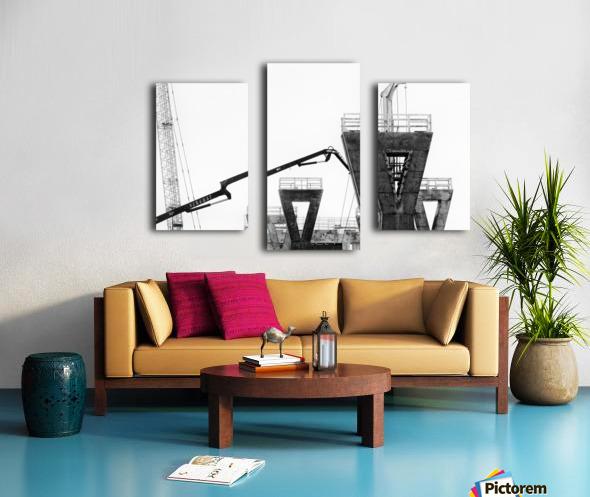 Magpie Heavy... Canvas print