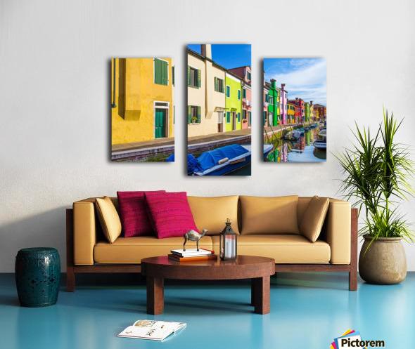 Boats in Burano Canvas print